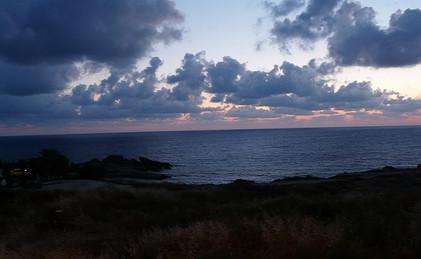 1024px-Kissonerga,_Cyprus_-_panoramio_(3