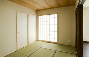 shiraki_photo.jpg