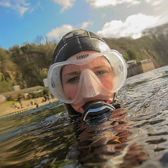 Aurora_Wetsuits_Ambassador_Sam_Townsend_British_Female_Diving_Instructor_PADI_MSDT_Egypt_Liveaboard_women_divers
