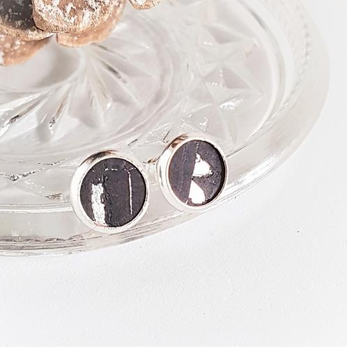 Ohrstecker – Kork schwarz mit silber Einschlüsse rund 8 oder 10 mm