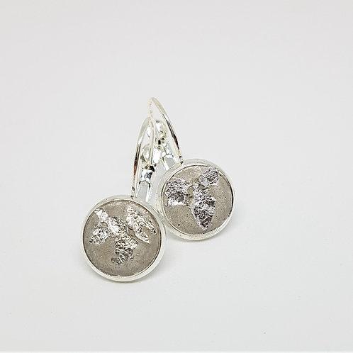 Ohrhänger silber – Beton 10mm mit Silberfolie