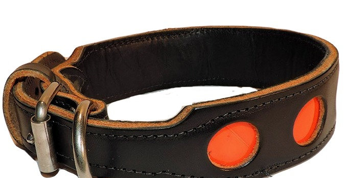 1 1/2 inch 2 ply black leather Dee ring collar with reflective circles