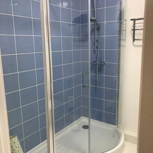 Hopesdale House Shower