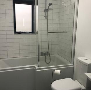 Hopesdale House Bathroom