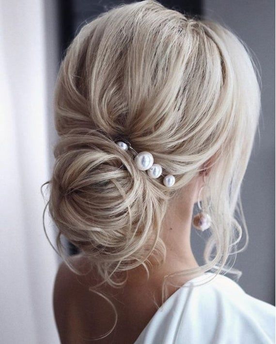ELEGANT STYLE FOR BRIDE