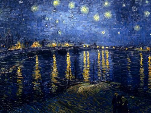 ليلة مرصعة بالنجوم على نهر الرون