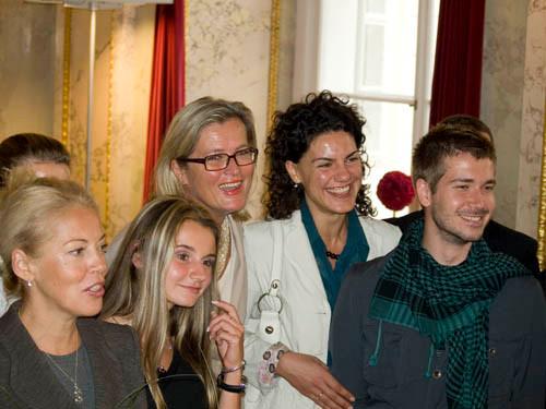 Foreign Minister Ursula Plassnik and interns