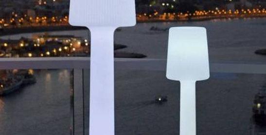Carmen LED outdoor lamp in 2 sizes
