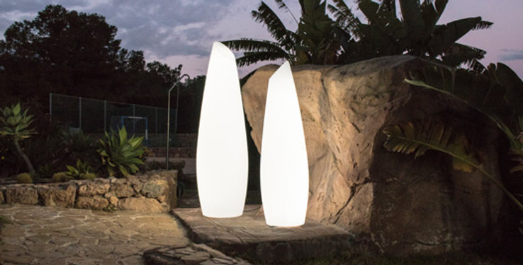 Fredo contemporary indoor/outdoor LED lamp. 2 Sizes