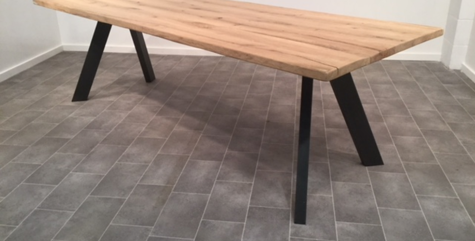Solid Oak Contemporary dining table 1.8m x 40mm top