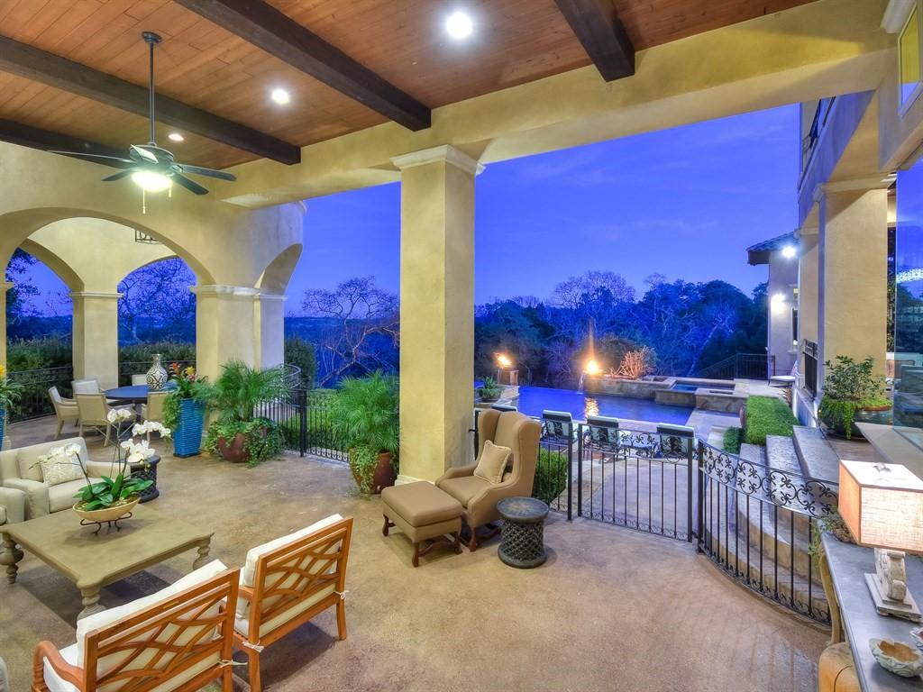 Outdoor Living View