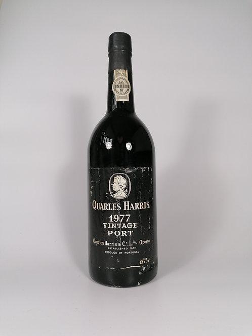 1977 Quarles Harris Vintage Port - Level: In Neck