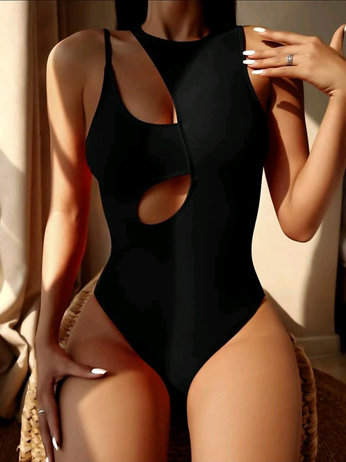 CLOSE CUT OUT ONE PIECE SWIMSUITZ
