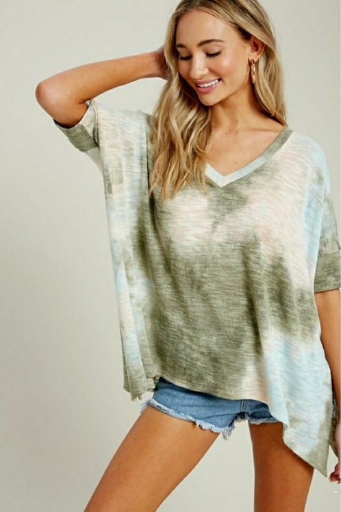 RELAXED TYE DYE ASYMMETRIC V-NECK TOPZ