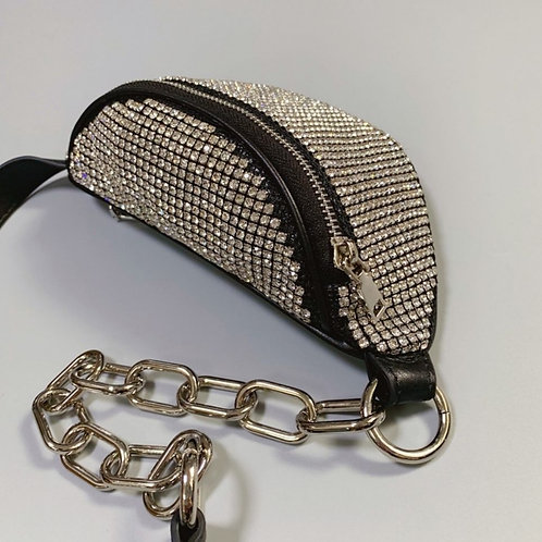 SMALL EDGY CHAIN LINK CROSSBODY HANDBAGZ