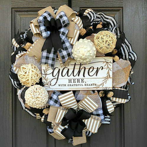HOME WARMINGS ~DECOR WREATHS