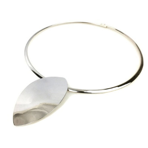 OVAL COLLAR METAL NECKLACE