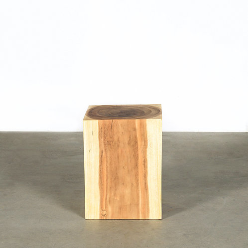 Nu wooden stand