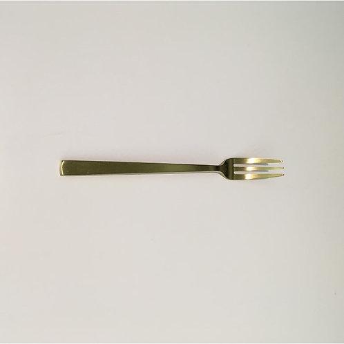 Tea fork in matte gold