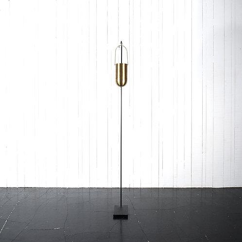 Metallic hanging vase