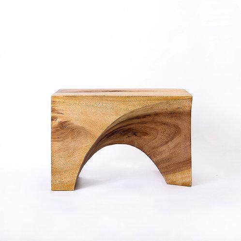 ACACIA curve stool