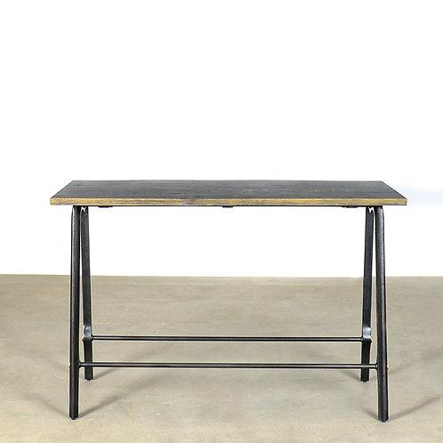 TORO bar table