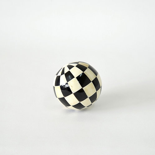 Black and white horn decorative ball - dia100