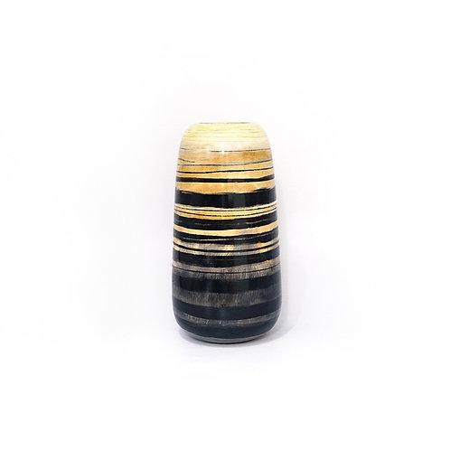 Drip wooden vase