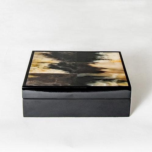 Black marbled horn box - L