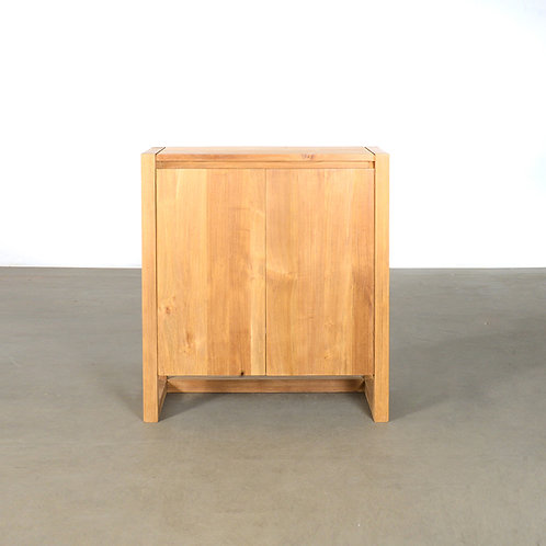 Frame shoe cabinet w/ water resistant coating