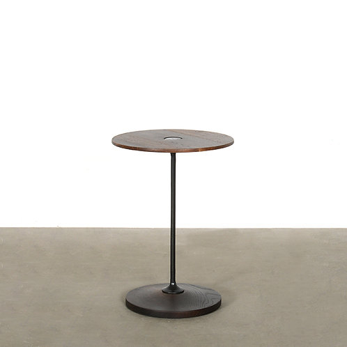 OLLO round sidetable in seared