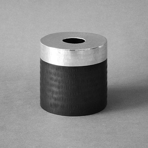Hammer round tissue box - silver