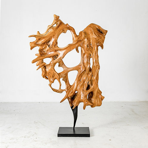 Rise wooden sculpture