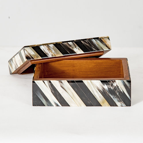 Variegated horn box - S