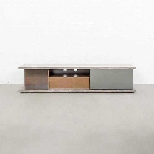 Tetra tv cabinet