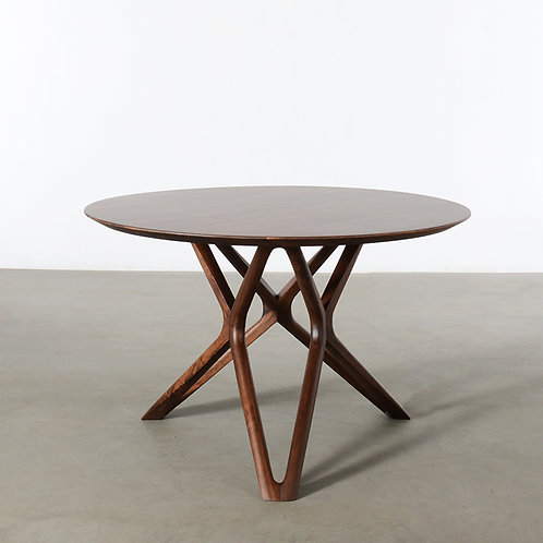 Walnut Starry dining table, dia1200