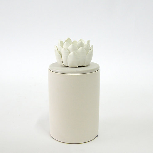 White ceramic jar with flower lid (tall)