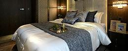 Beds & Nightstands