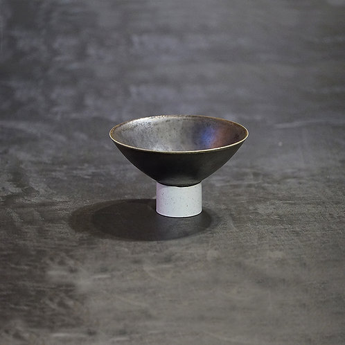 High feet bowl