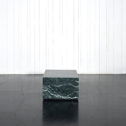 Marble block w/casters - green