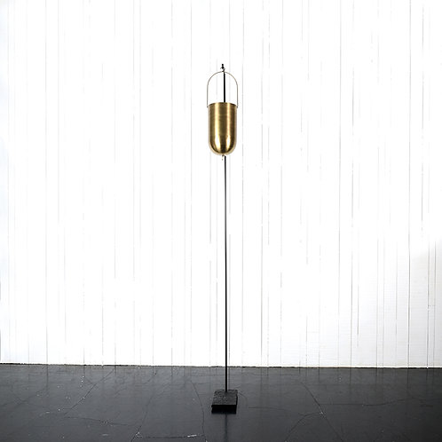 Metallic hanging vase