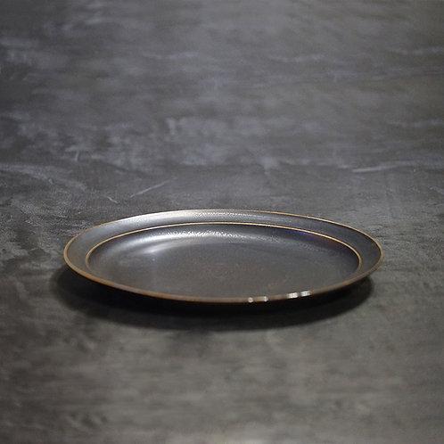"""Round 9"""" flat dish"""