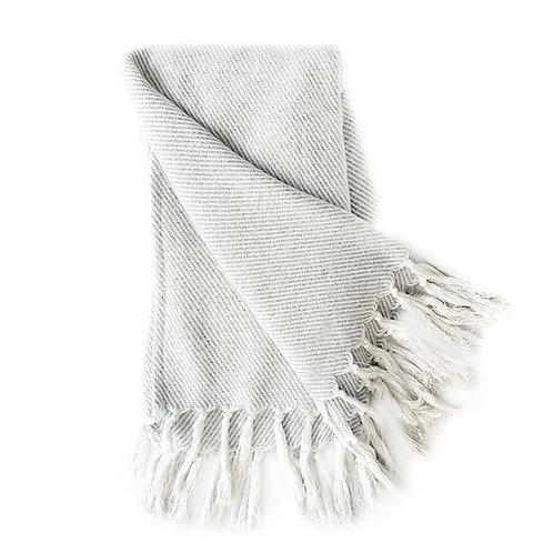 Twill throw - white/ grey