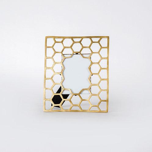 "Honeycomb photoframe- 5r (5""x7"")"