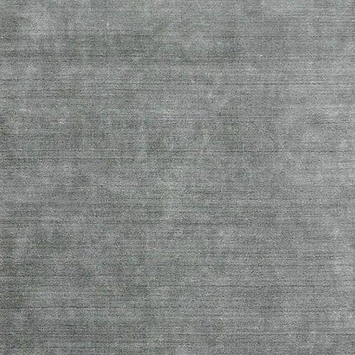 Latitude in plateau rug