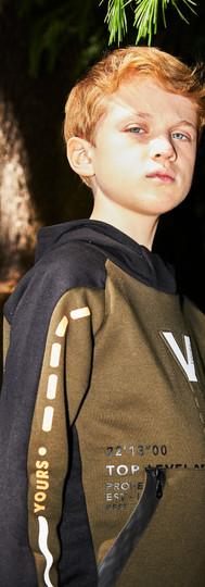 Yours Abbigliamento - bambino con tuta - Coll. Autunno Inverno Junior 8 -16 anni Yours by 02Tandem