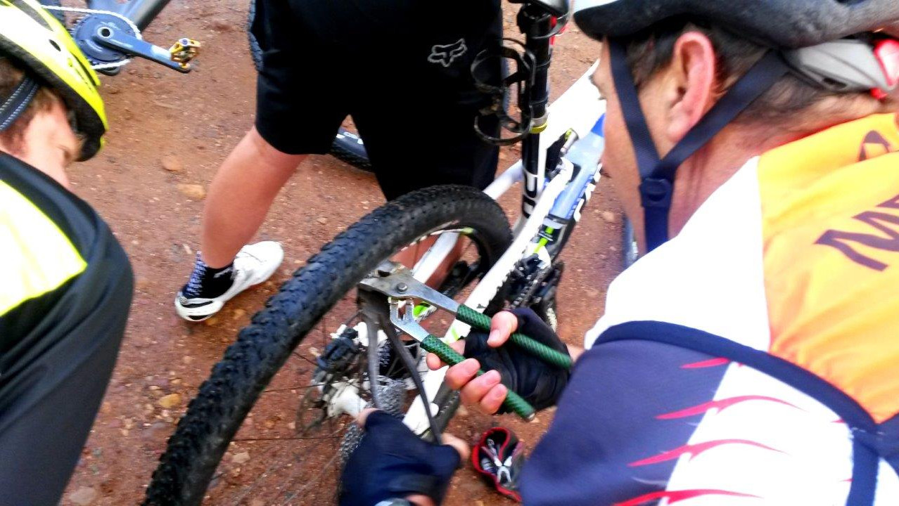 Fixing a tyre