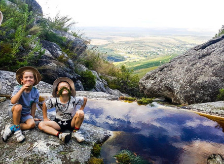Hiking Plaat East with kids