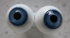 Round German Glass Eyes Blue.jpg