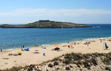 praia-da-ilha-do-pessegueiro-3.jpg